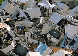 Ordenadores en la basura